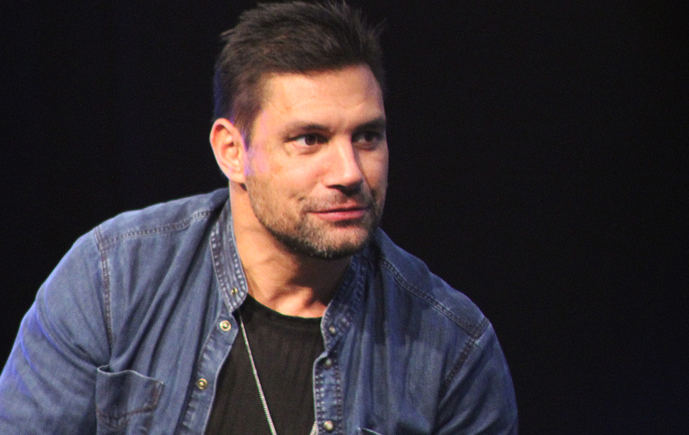 Manu Bennett (Spartacus / Arrow / The Shannara Chronicles) im Panel / Comic Con Germany 2016 Stuttgart Death Race 2050