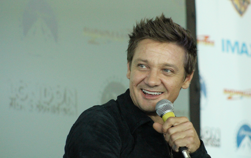 Jeremy Renner, London Film and Comic Con 2016
