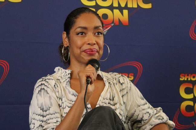 Gina Torres - Firefly - Serenity - Teaser